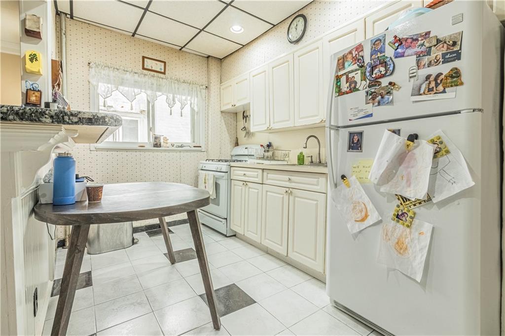 8517 10 Avenue Dyker Heights Brooklyn NY 11228