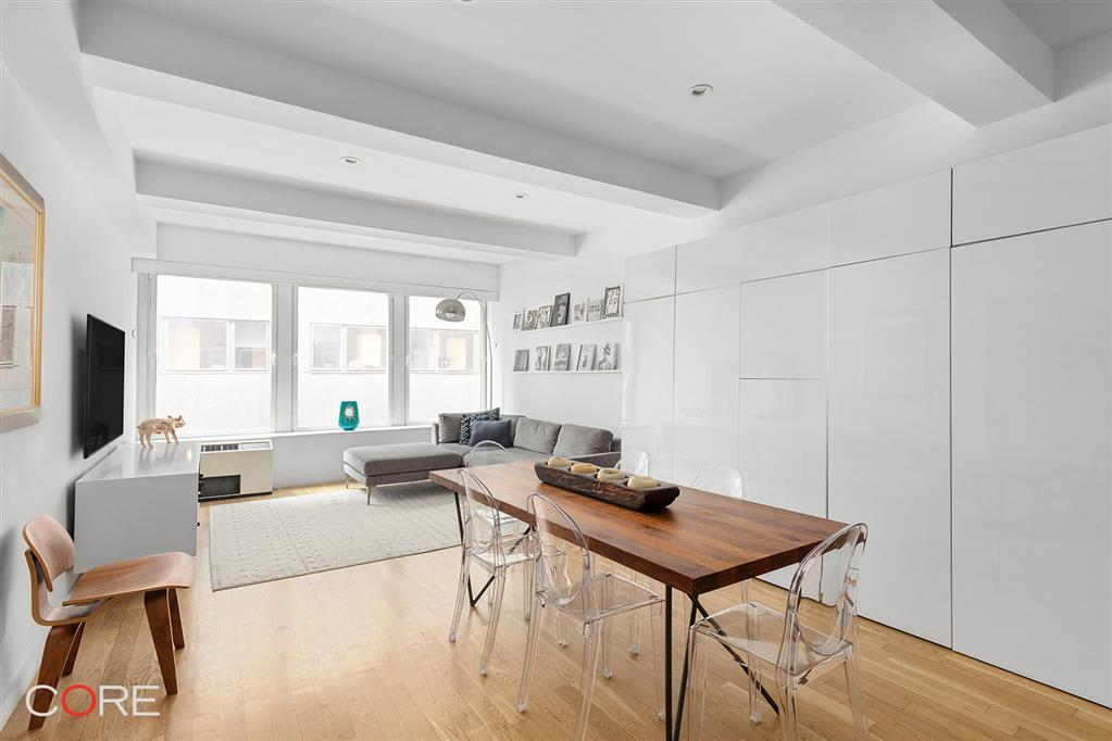 90 William Street 8C Financial District New York NY 10038
