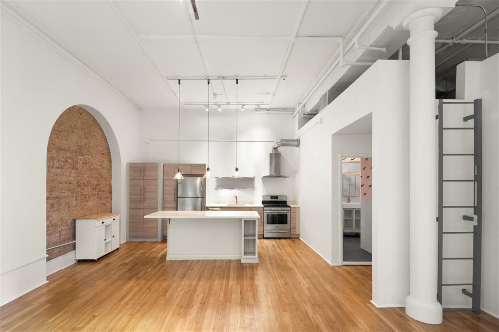 514 Broadway Soho New York NY 10012