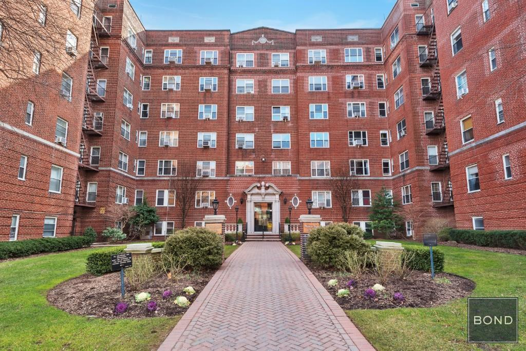 113-14 72nd Road Forest Hills Queens NY 11375