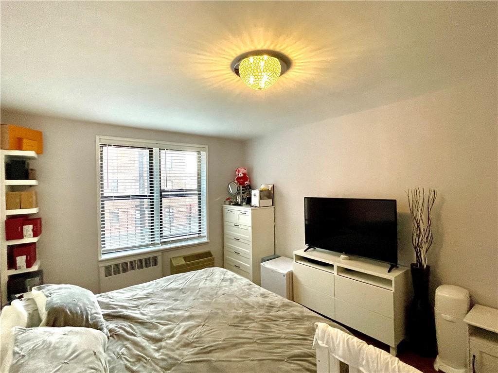 3235 Emmons Avenue Sheepshead Bay Brooklyn NY 11235