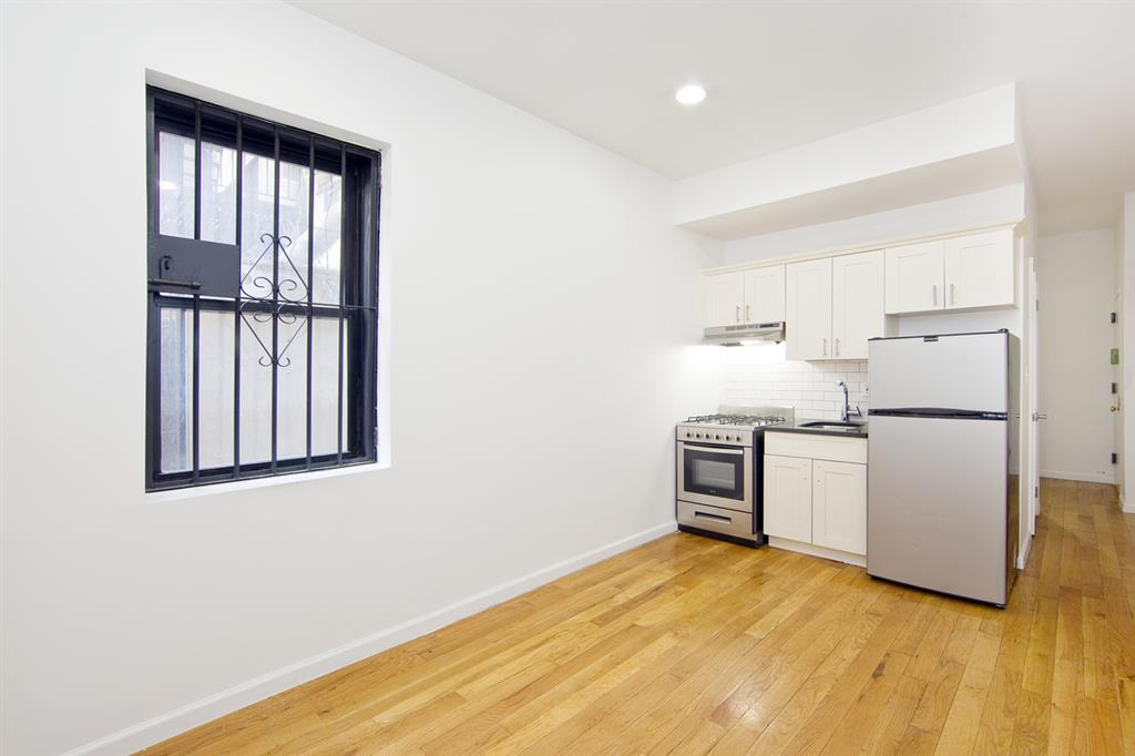 207 Madison Street Lower East Side New York NY 10002