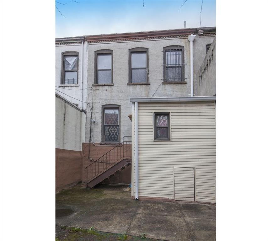 3 Jardine Place Ocean Hill Brooklyn NY 11233
