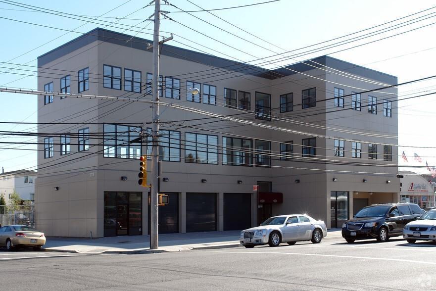 2000 Hyland Boulevard Staten Island NY 10306