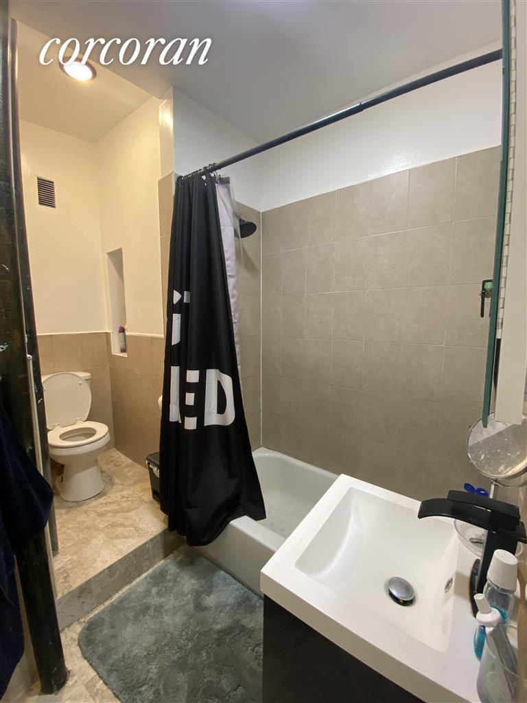 454 West 47th Street Clinton New York NY 10036