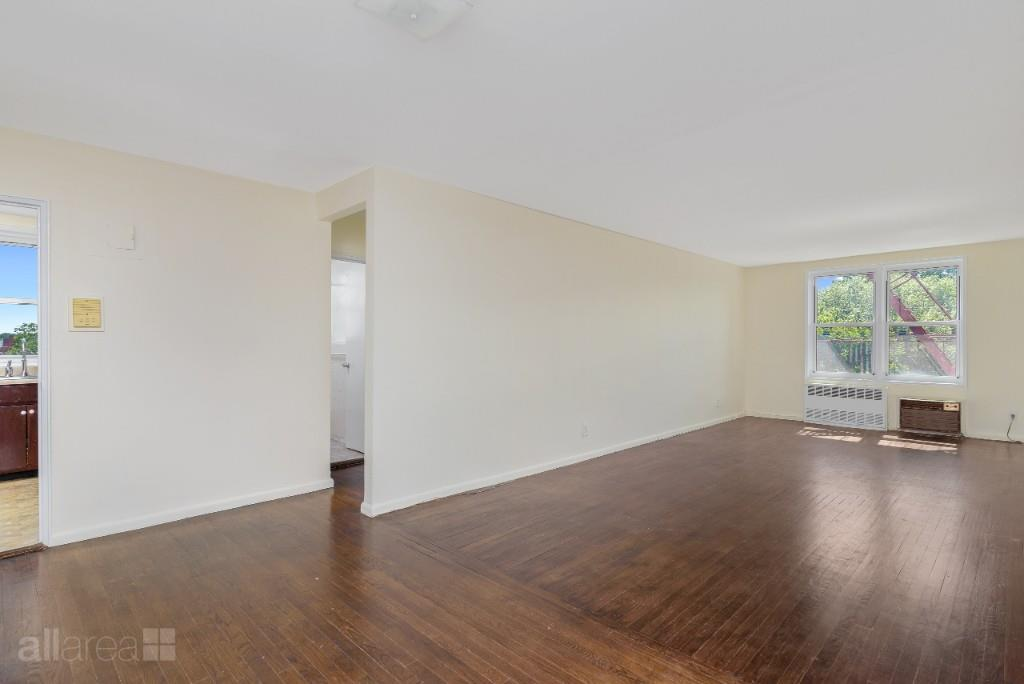 66-10 Thornton Place Forest Hills Queens NY 11374