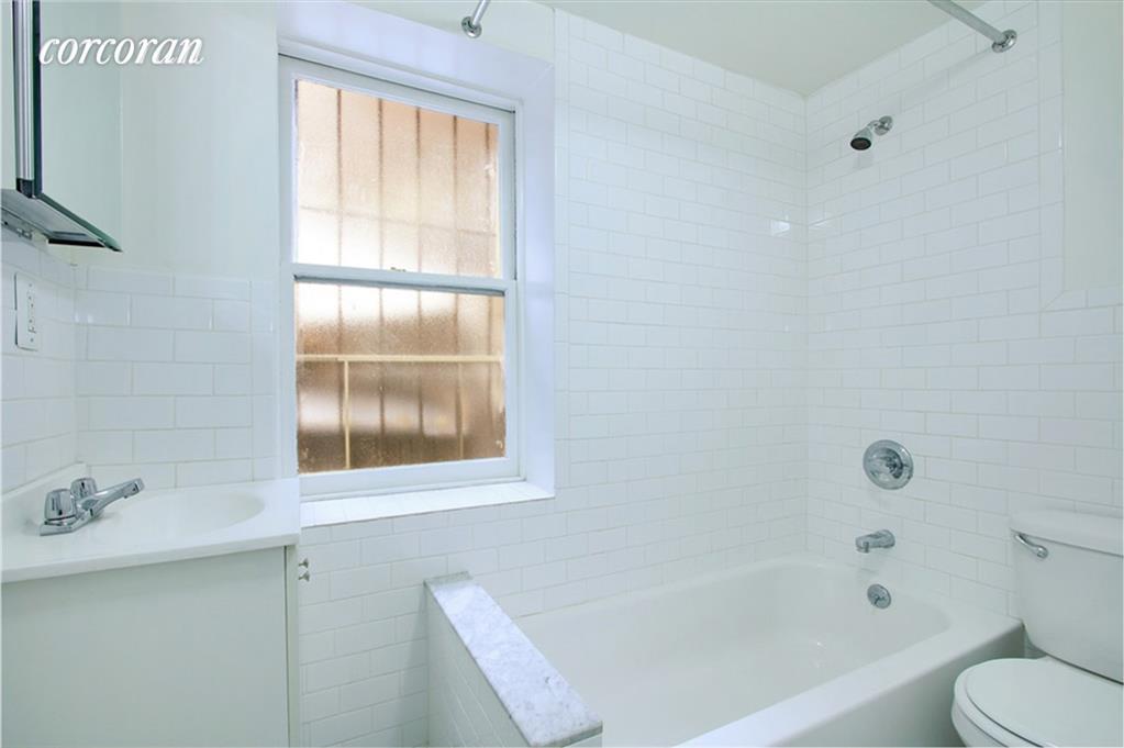 7 Minetta Street Greenwich Village New York NY 10012