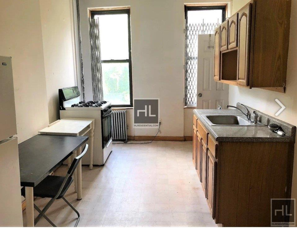 245 Montrose Avenue East Williamsburg Brooklyn NY 11206