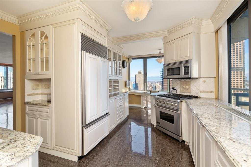 300 East 85th Street 2704 Upper East Side New York NY 10028