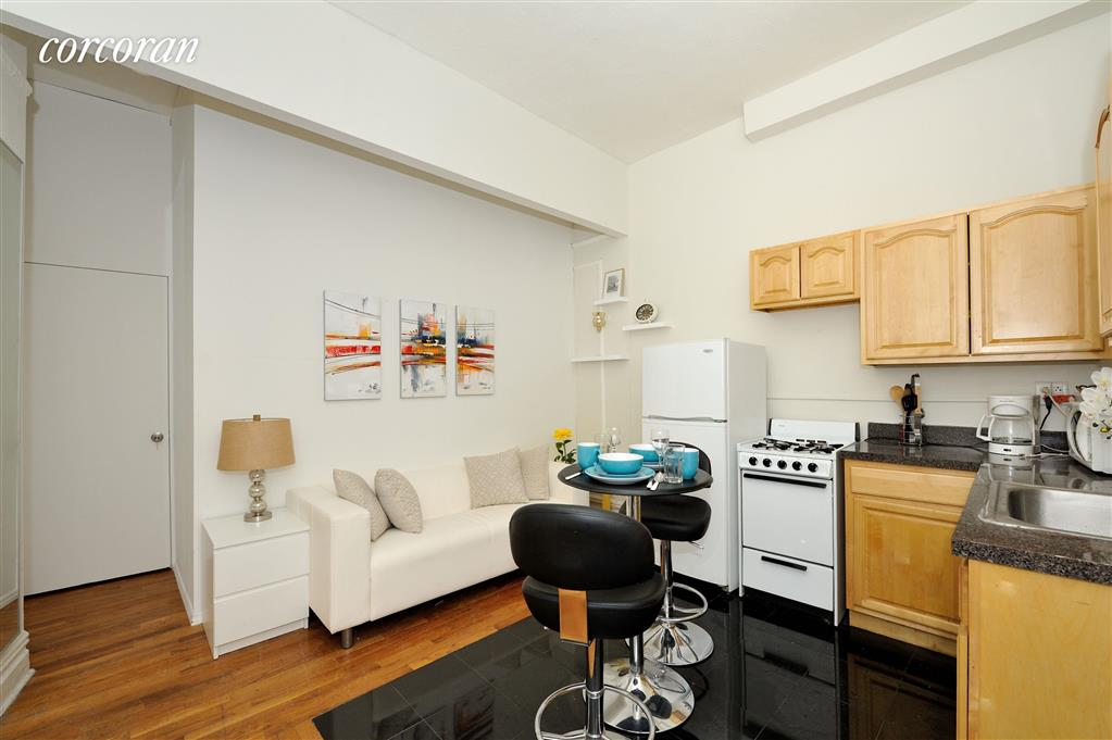 440 West 45th Street Midtown West New York NY 10036
