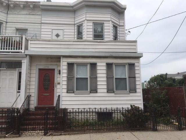 87-42 80 Street Woodhaven Woodhaven NY 11421