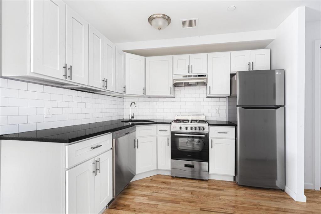 306 West 30th Street Chelsea New York NY 10001