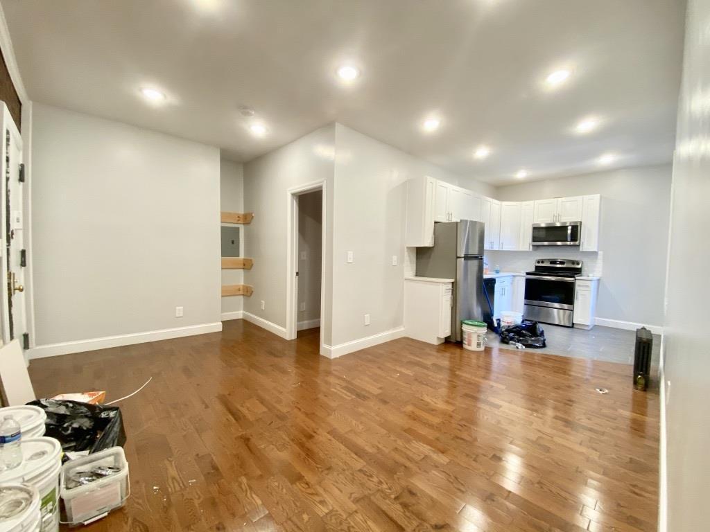 141 Nagle Avenue Washington Heights New York NY 10040