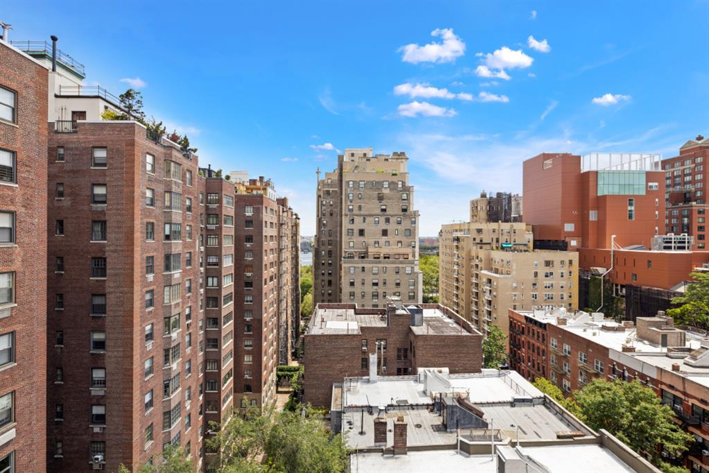 515 East 85th Street Upper East Side New York NY 10028