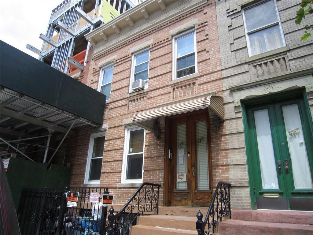 235 Jackson Street Greenpoint Brooklyn NY 11211