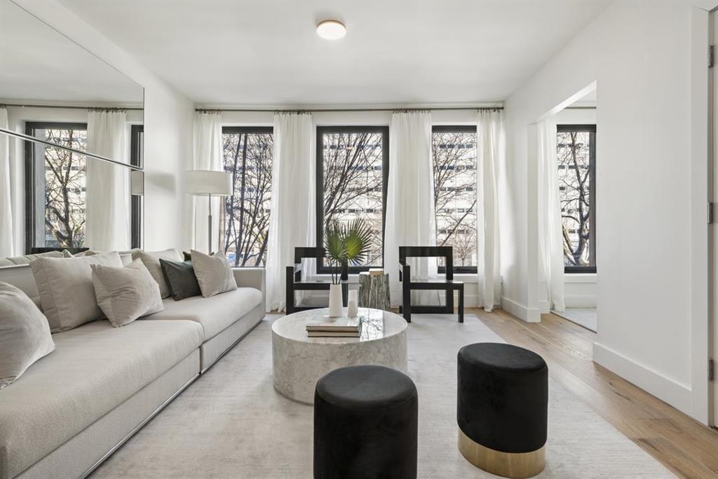 422 West 49th Street Clinton New York NY 10019
