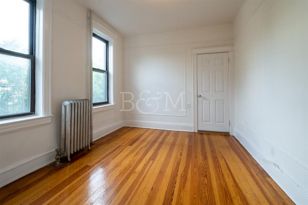 41-06 34th Avenue Long Island City Queens NY 11101