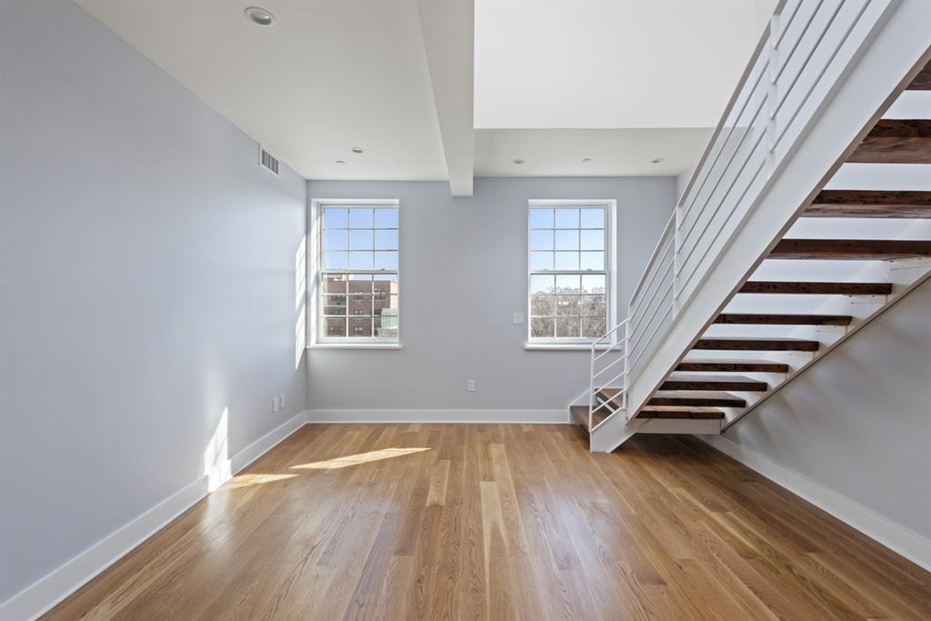 25 Lexington Avenue Clinton Hill Brooklyn NY 11216