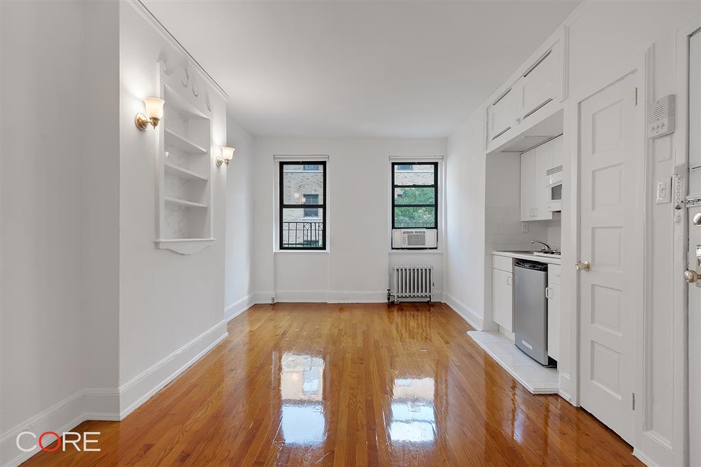326 East 70th Street Upper East Side New York NY 10021