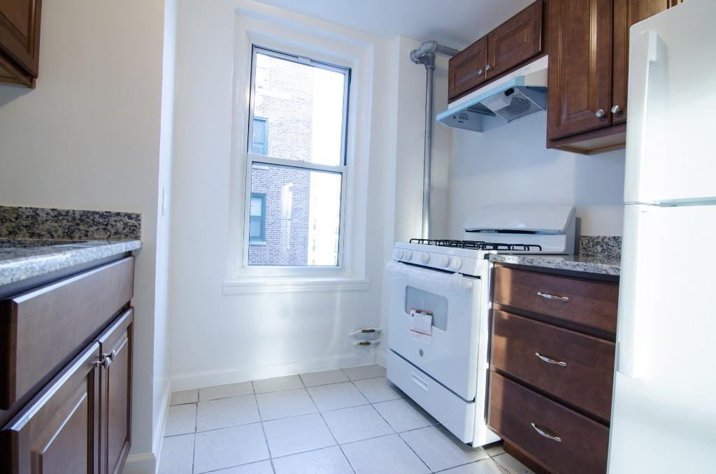 34-18 91st Street B41 Jackson Heights Queens NY 11372
