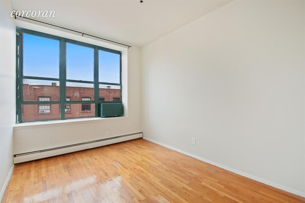 372 De Kalb Avenue Clinton Hill Brooklyn NY 11205