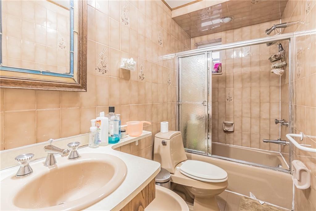 118 Bay 34 Street Bath Beach Brooklyn NY 11214