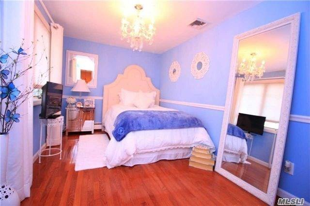 469 Albern Avenue Out of NYC Oceanside NY 11572