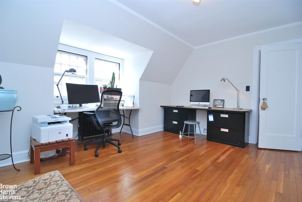 34-16 85th Street Jackson Heights Queens NY 11372