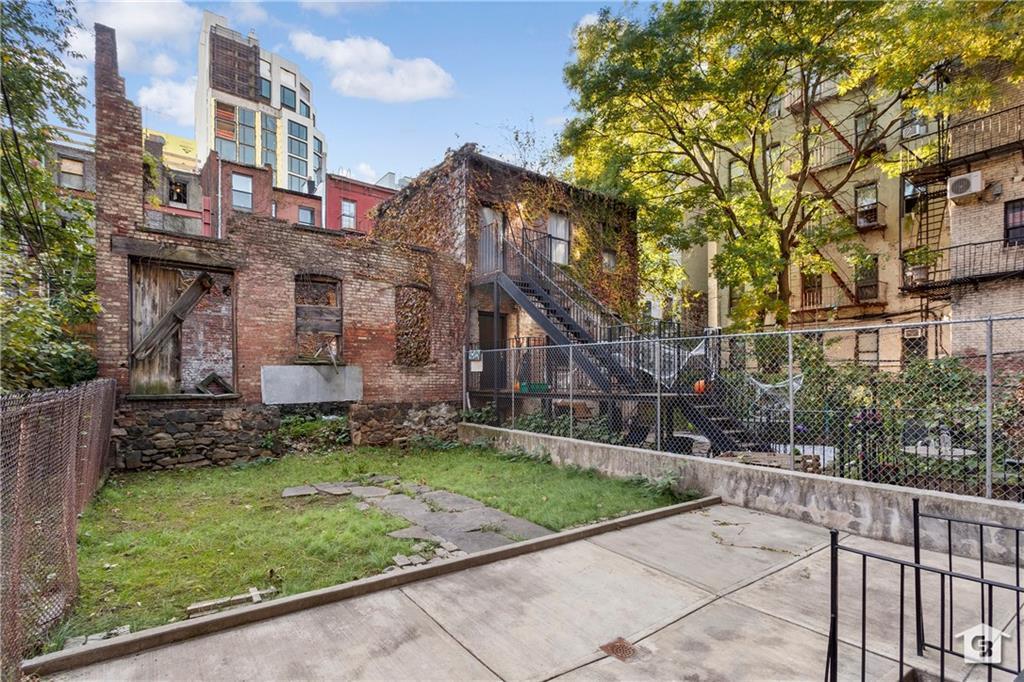 316 South 4 Street Williamsburg Brooklyn NY 11211