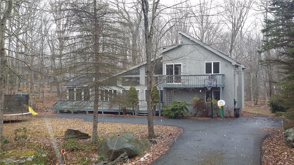 103 Comstock Drive Out of NYC Lords Valley PA 18428