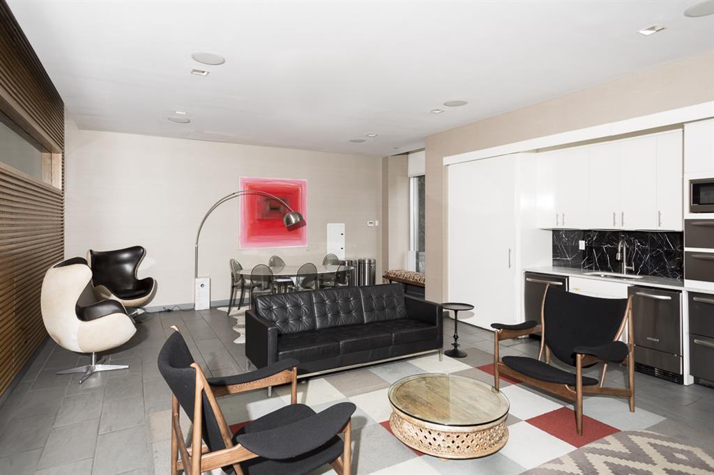 5-49 Borden Avenue Long Island City Queens NY 11101