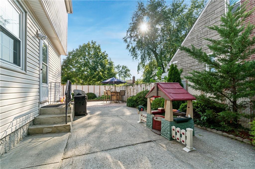 140 Malone Avenue Oakwood Staten Island NY 10306