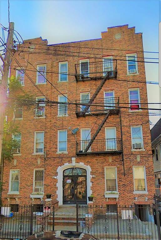 19 Hubbard Place Flatlands Brooklyn NY 11210