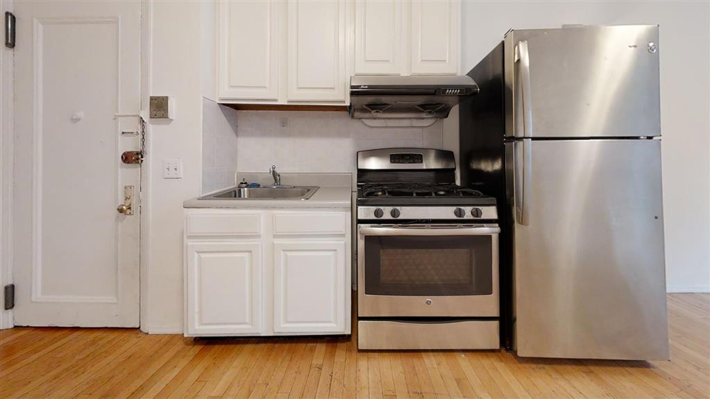 230 Mulberry Street Soho New York NY 10012