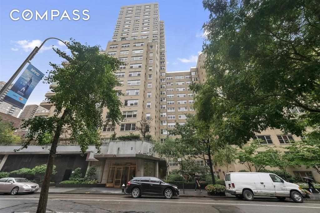 20 East 9th Street 4-A Greenwich Village New York NY 10003