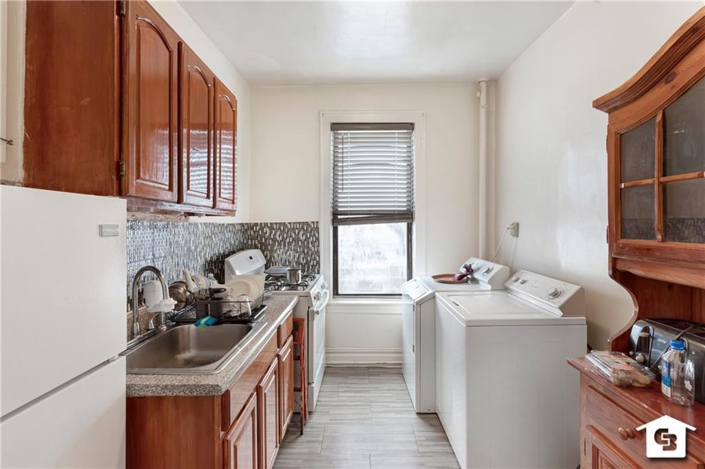 2821-2823 Avenue Z Sheepshead Bay Brooklyn NY 11235