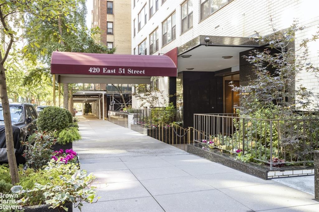 420 East 51st Street Beekman Place New York NY 10022
