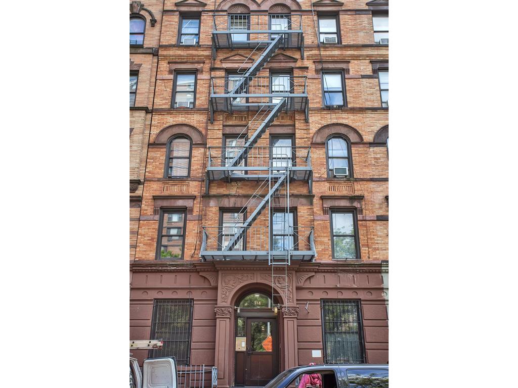 314 West 142nd Street West Harlem New York NY 10030