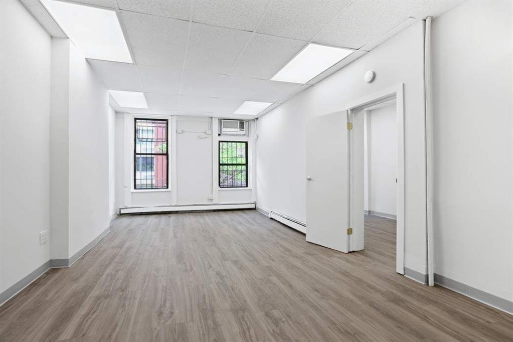 524 West 46th Street Clinton New York NY 10036