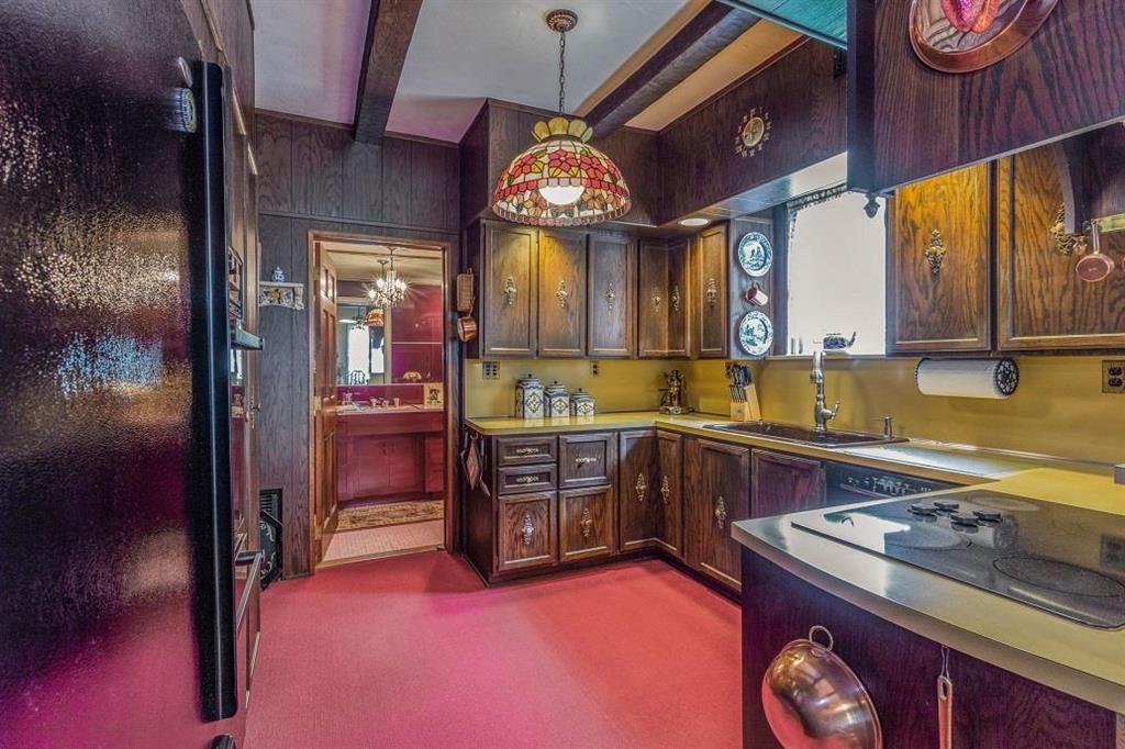19 Knox Place Castleton Corners Staten Island NY 10314