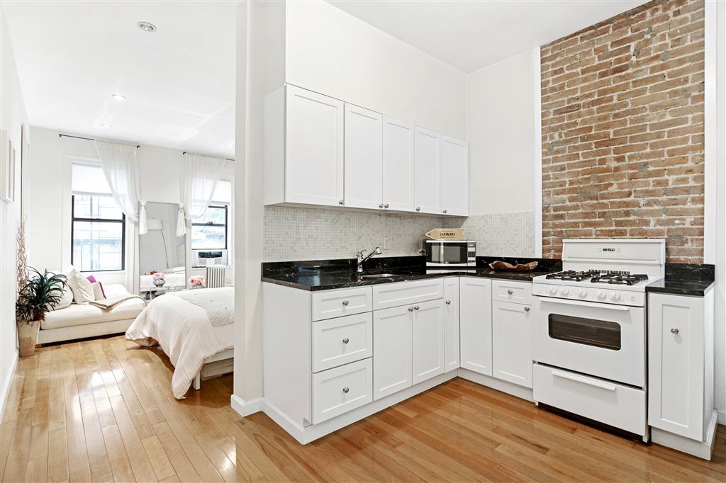 408 West 25th Street Chelsea New York NY 10001