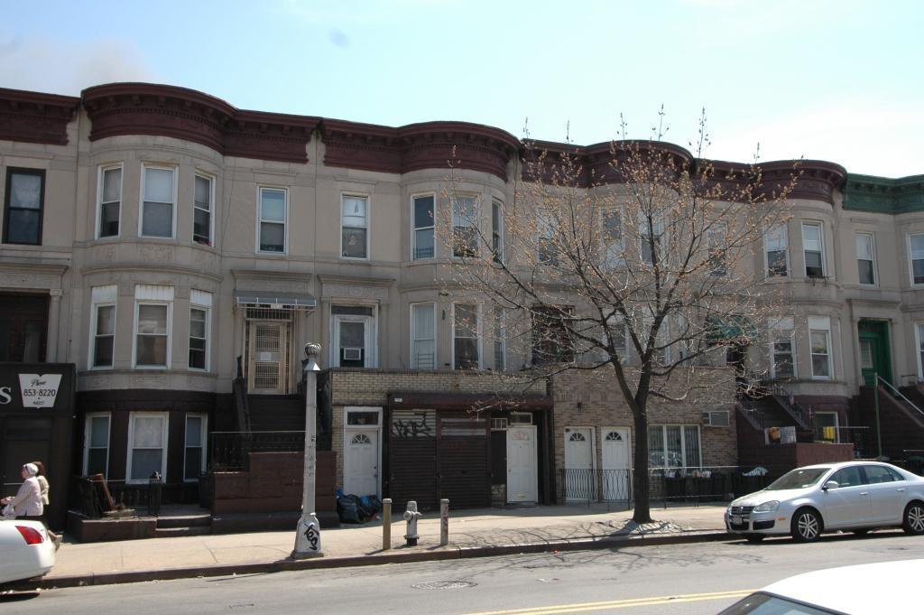 4611 Fort Hamilton Parkway Sunset Park Brooklyn NY 11219
