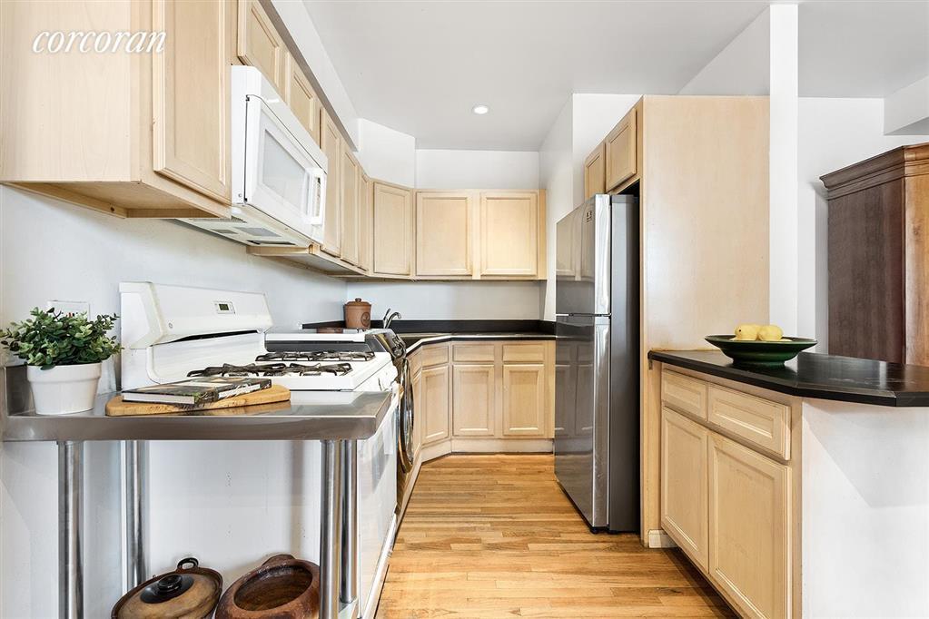 754 East 6th Street E. Greenwich Village New York NY 10009
