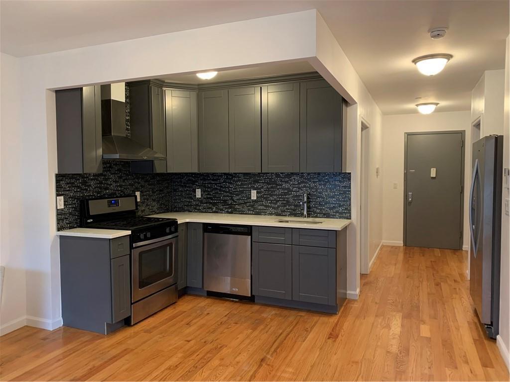 7608 Bay Pkwy Bensonhurst Brooklyn NY 11214