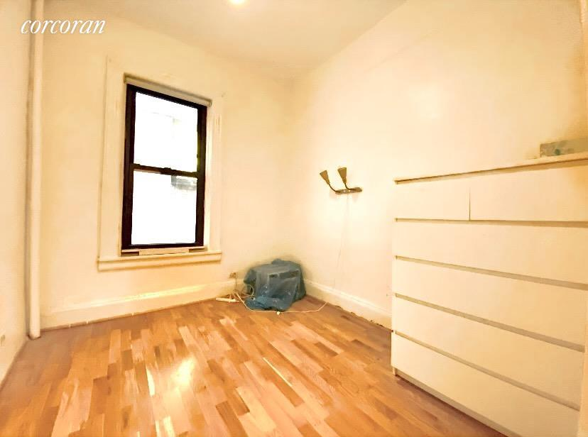208 East 82nd Street Upper East Side New York NY 10028