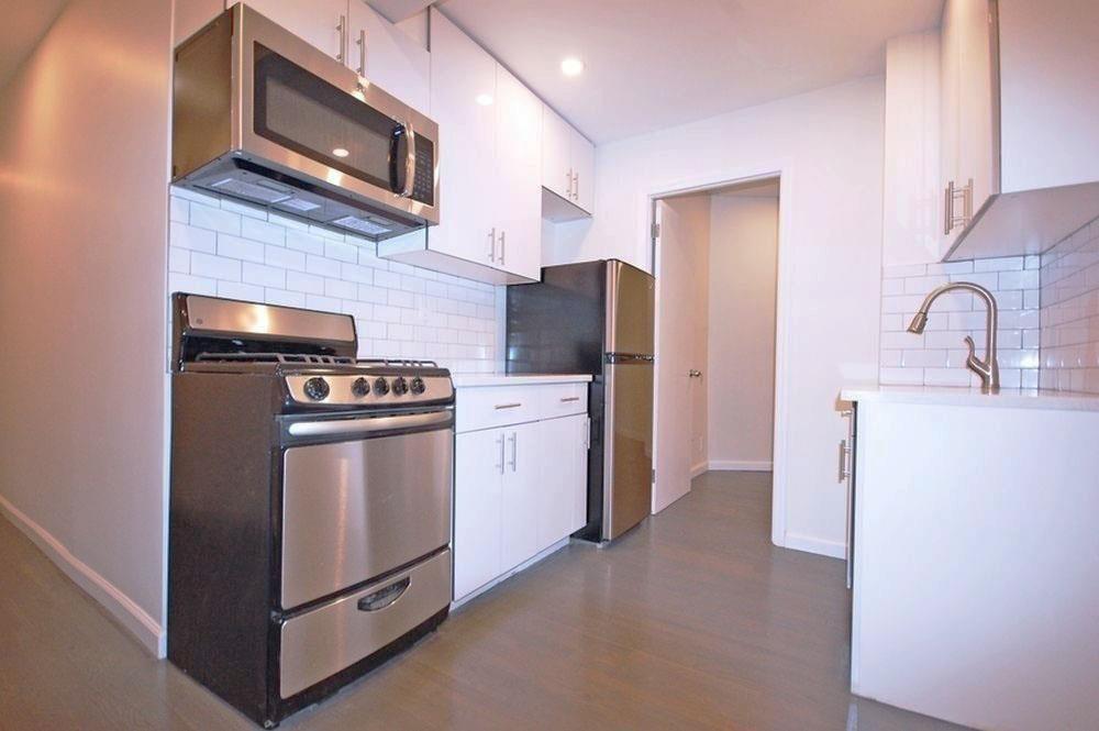 205 Allen Street Lower East Side New York NY 10002
