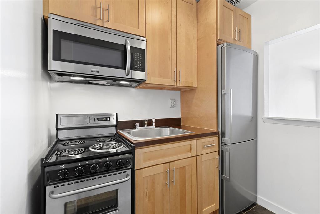 343 East 76th Street Upper East Side New York NY 10021