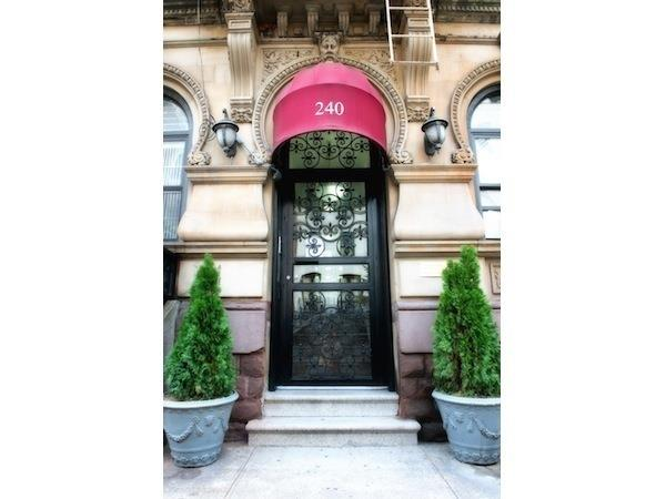 240 East 52nd Street Turtle Bay New York NY 10022