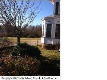 Withheld Withheld Road Pleasant Plains Staten  Island NY 10309