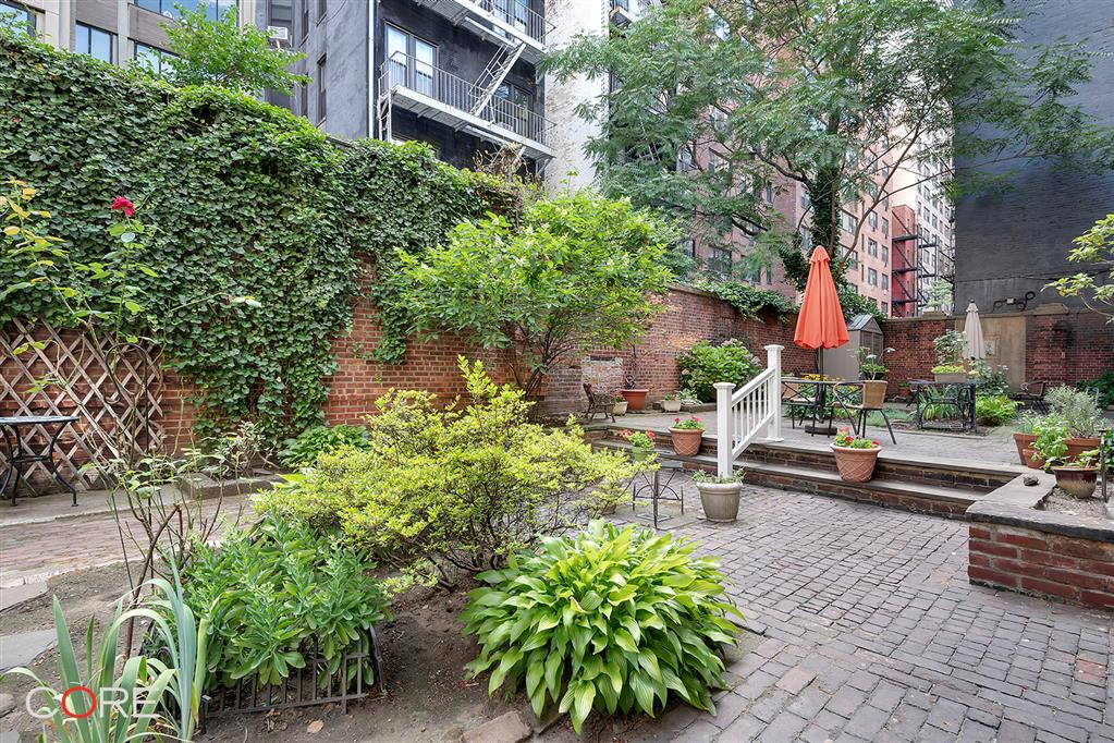 322 East 70th Street Upper East Side New York NY 10021